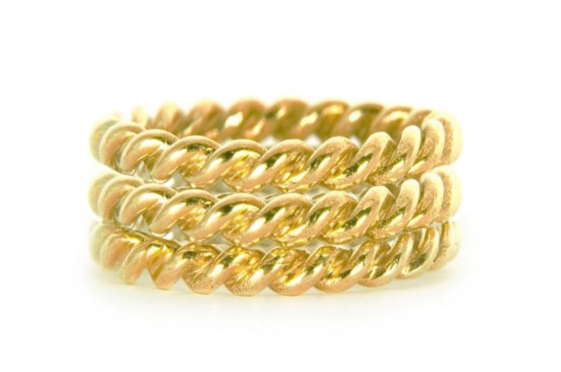 *Prize Draw* Lace Triple Ring in yellow gold
