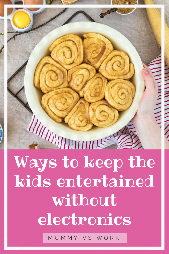 Ways to keep the kids entertained without electronics