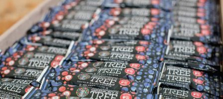 *Prize draw* 2 boxes of Gregory's Tree for 2 winners!