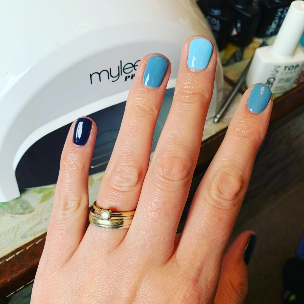 Gel nails at home with tht Mylee complete professional gel nail kit